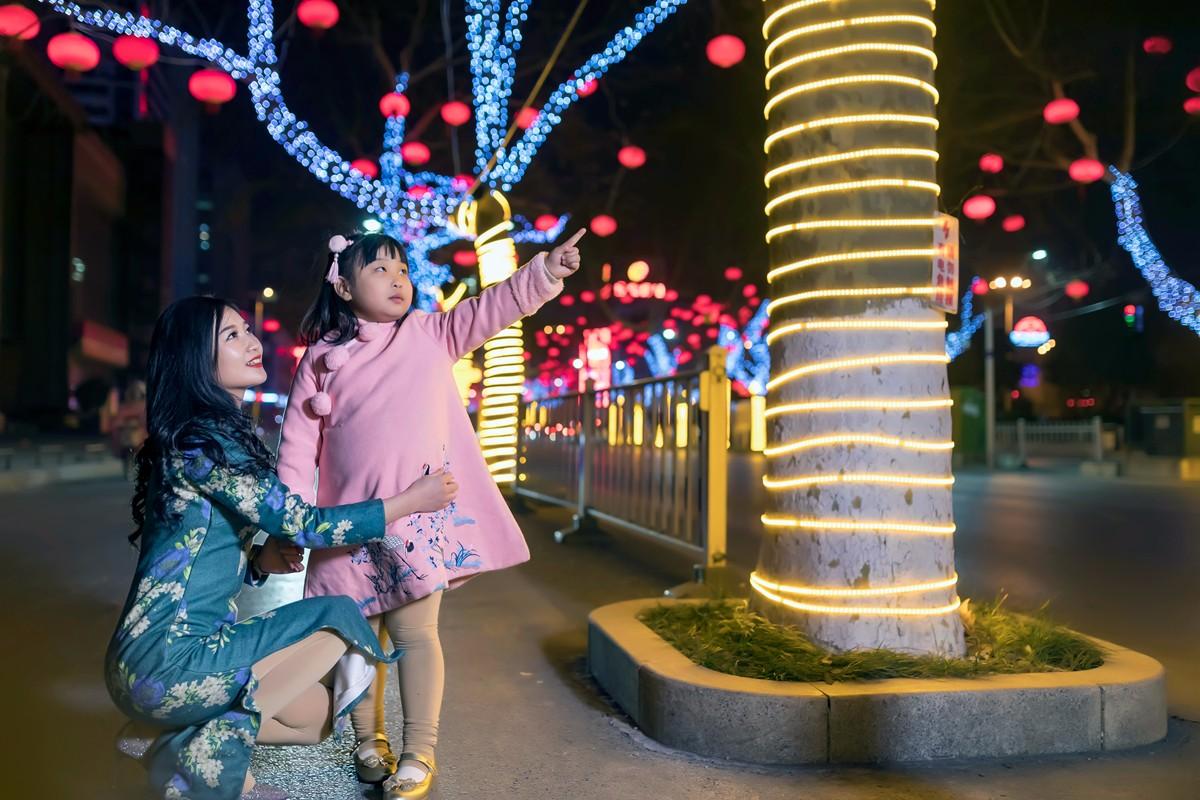 在临沂最美的街头遇见穿旗袍的女孩 传说中美丽冻人的故事开始了 ..._图1-3