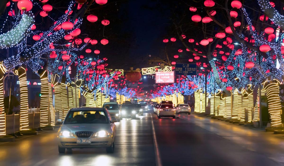 在临沂最美的街头遇见穿旗袍的女孩 传说中美丽冻人的故事开始了 ..._图1-2