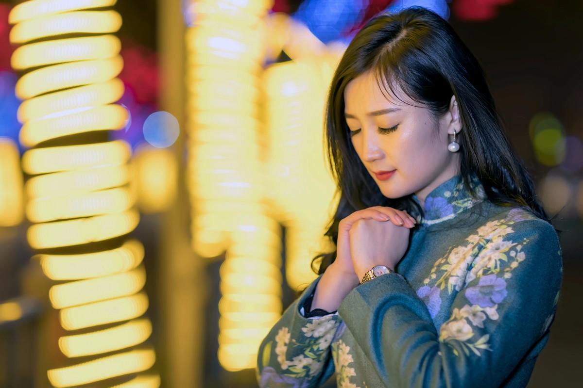 在临沂最美的街头遇见穿旗袍的女孩 传说中美丽冻人的故事开始了 ..._图1-5