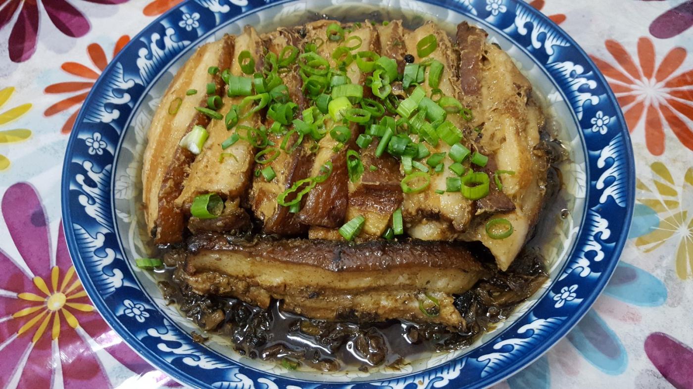 〔田螺隨拍〕分享-我做的梅菜扣肉_圖1-1