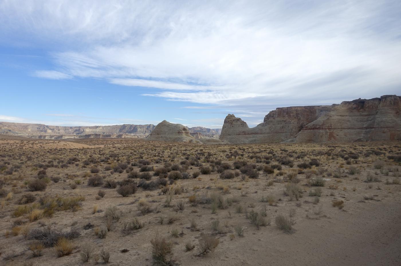 在渺无人烟的大沙漠中如何自得其乐_图1-2