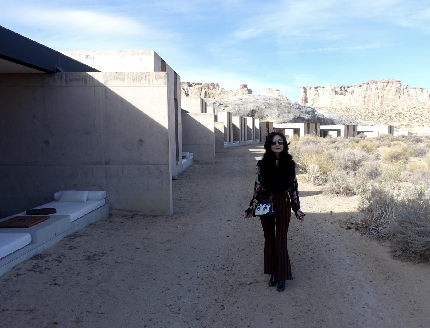 在渺无人烟的大沙漠中如何自得其乐_图1-18