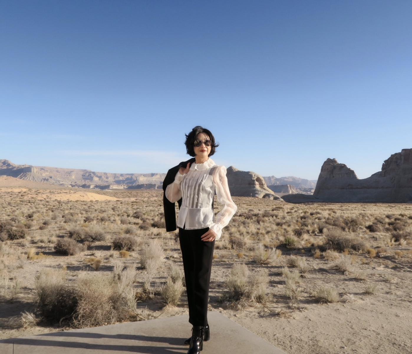 在渺无人烟的大沙漠中如何自得其乐_图1-40