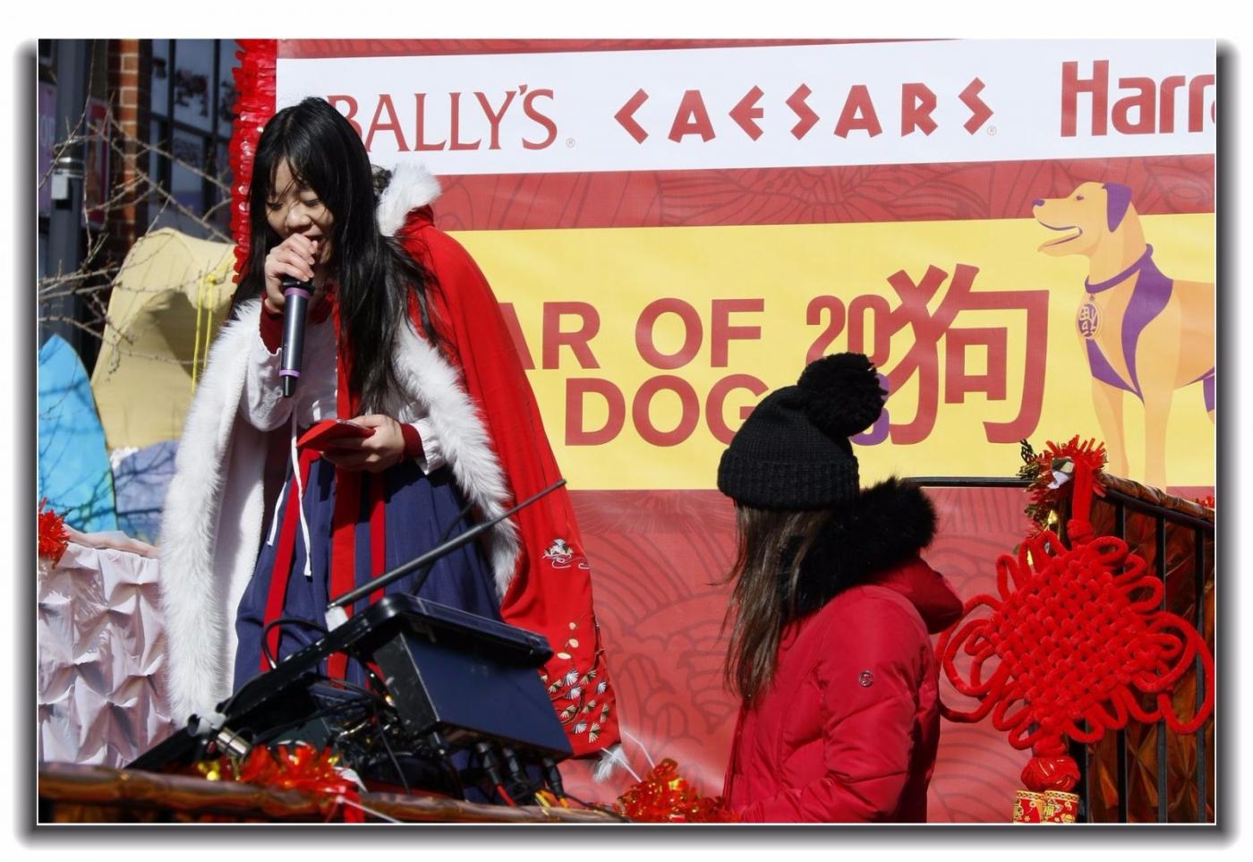 随拍法拉盛新春游行中的中文网队伍_图1-3