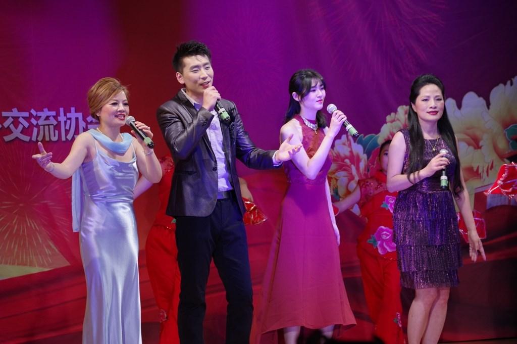 文化中国华星闪耀(—)_图1-8