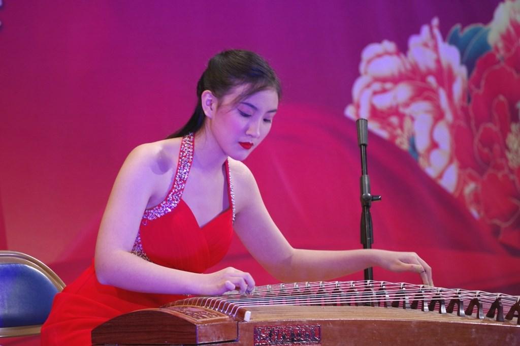 文化中国 华星闪耀(二)_图1-7