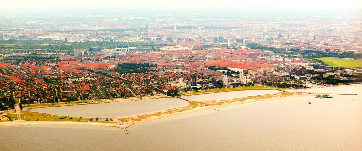 俯瞰哥本哈根,一片绿树红瓦_图1-4