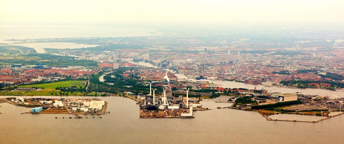 俯瞰哥本哈根,一片绿树红瓦_图1-13