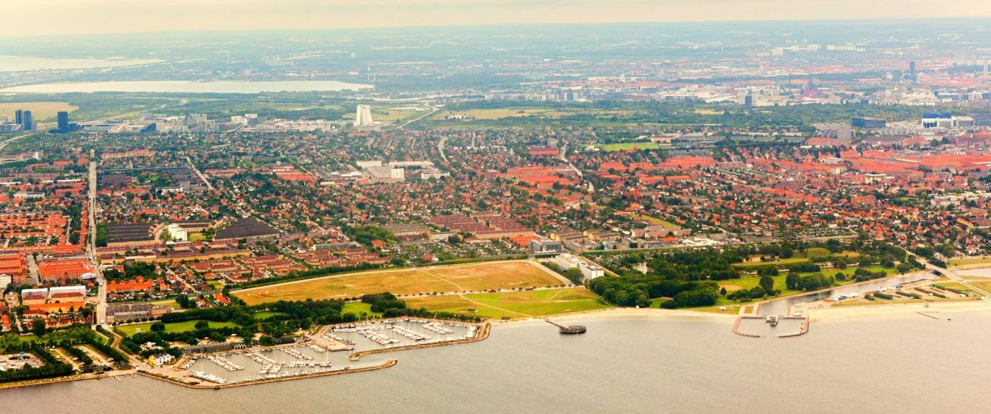 俯瞰哥本哈根,一片绿树红瓦_图1-14