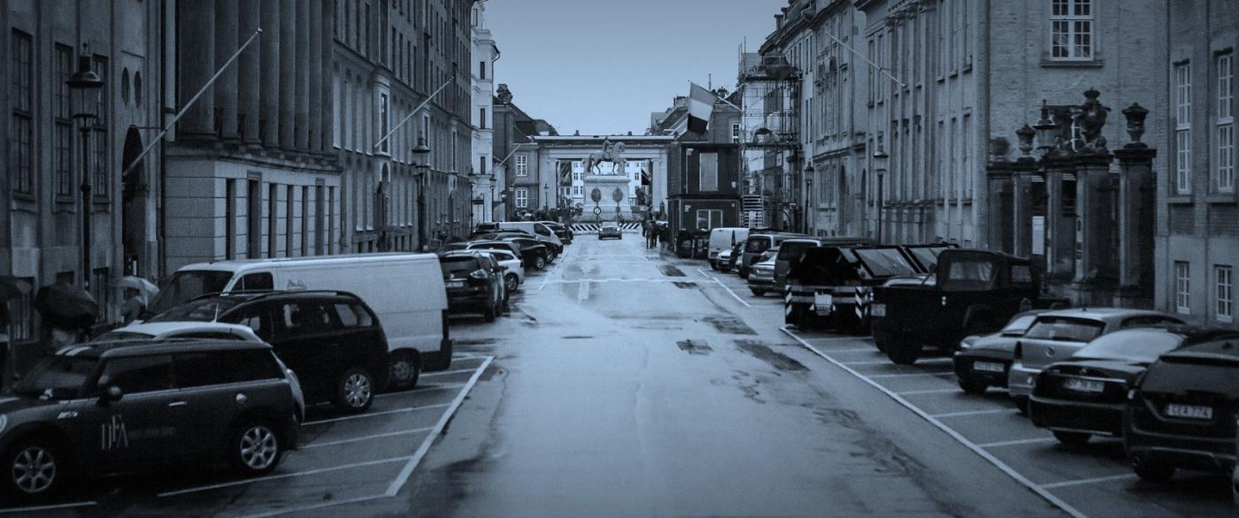 丹麦哥本哈根,即使而过的街景_图1-10
