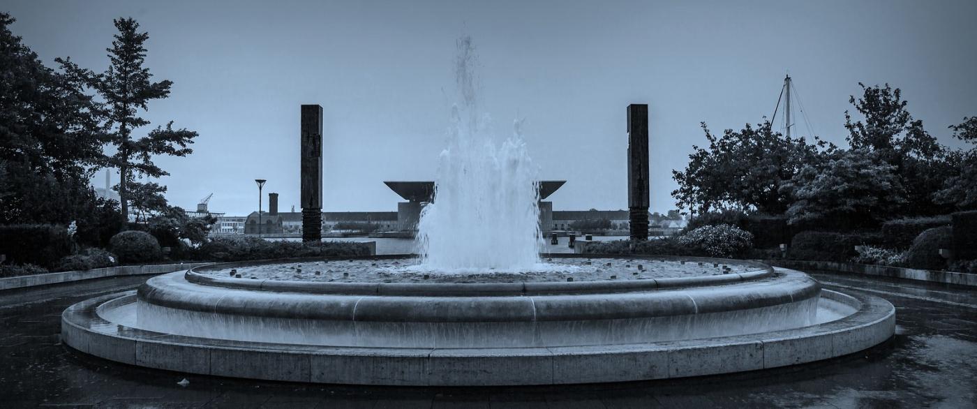 丹麦哥本哈根,即使而过的街景_图1-9