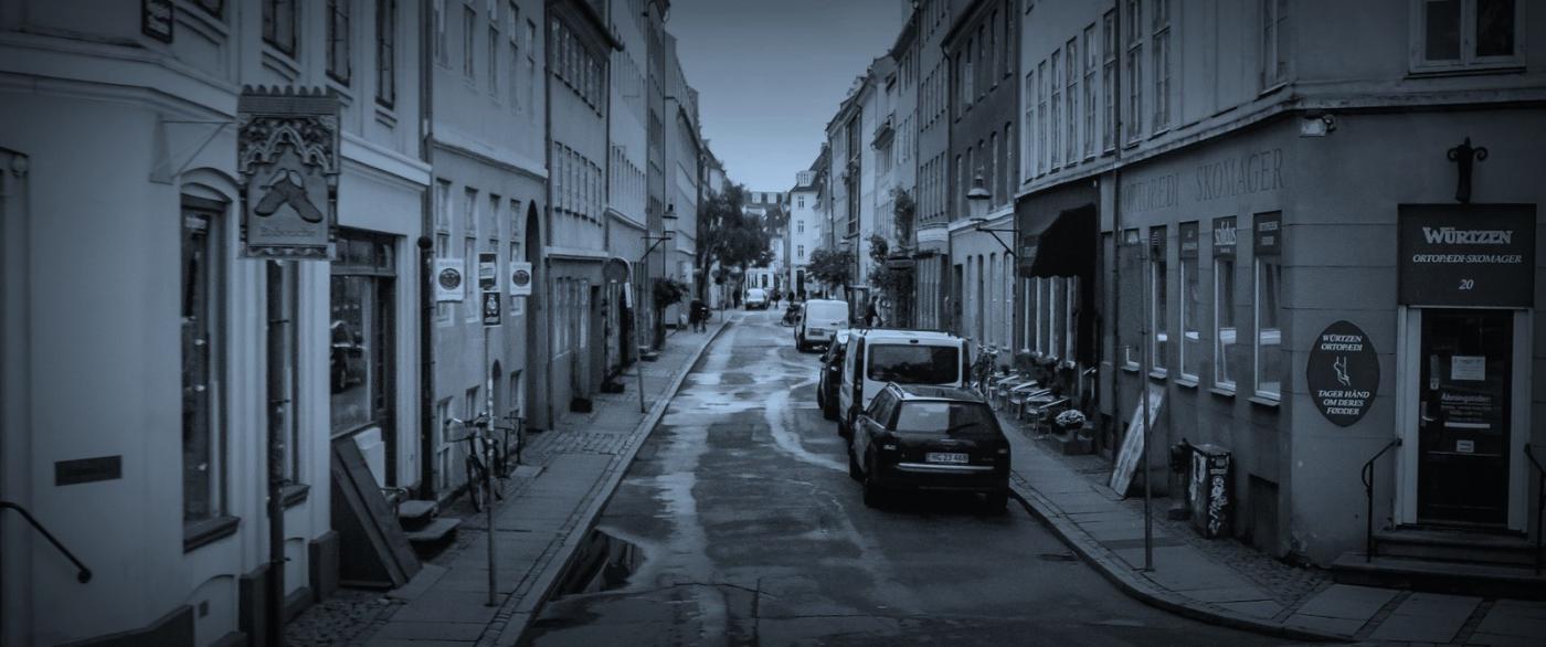 丹麦哥本哈根,即使而过的街景_图1-3