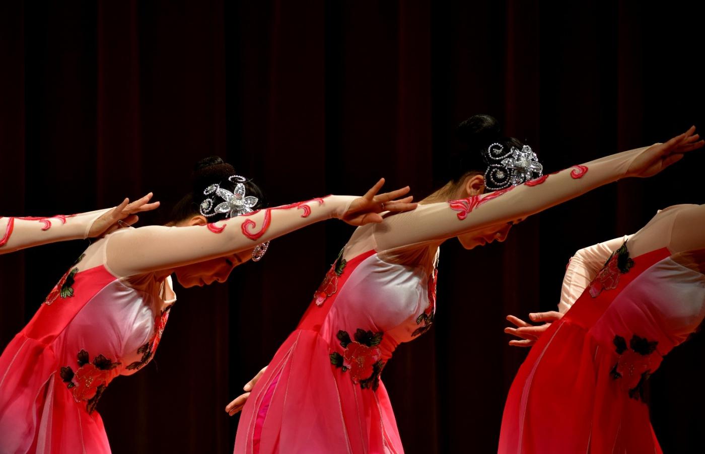 中国民歌集粹音乐会 (1)_图1-10
