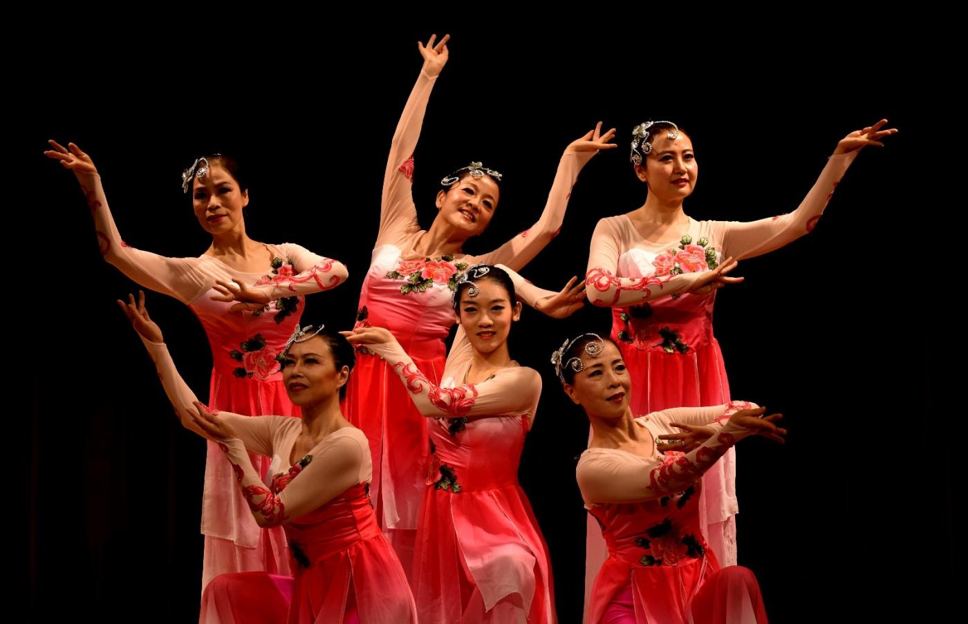 中国民歌集粹音乐会 (1)_图1-17