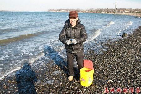 高娓娓:纽约海边公园捡生蚝做海鲜大餐_图1-11