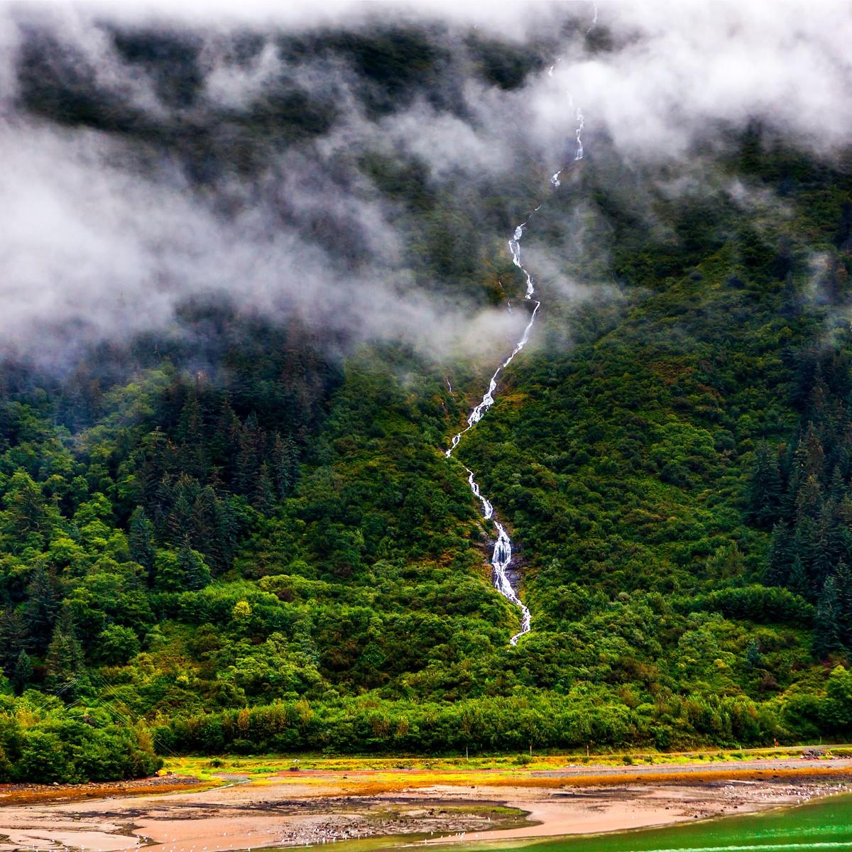 阿拉斯加,大山間的紐帶_圖1-5