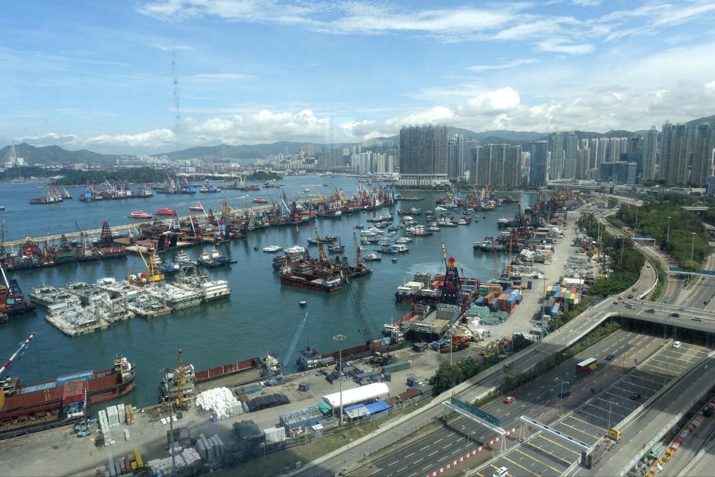 香港印象:高度商业化、整洁、有序_图1-1