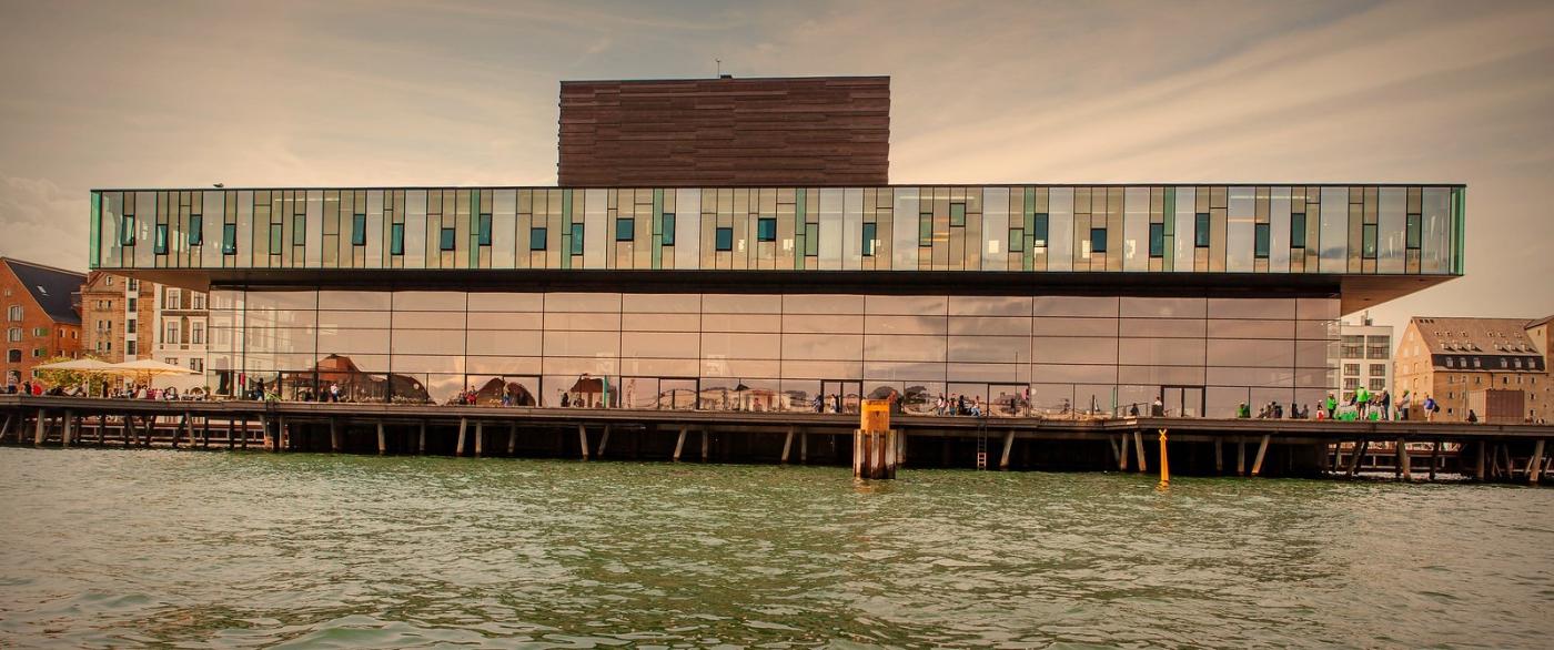 丹麦哥本哈根,岸边的景_图1-7