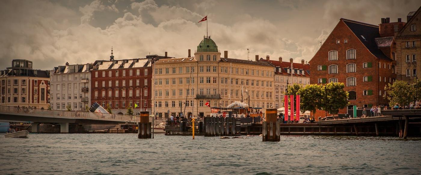 丹麦哥本哈根,岸边的景_图1-11
