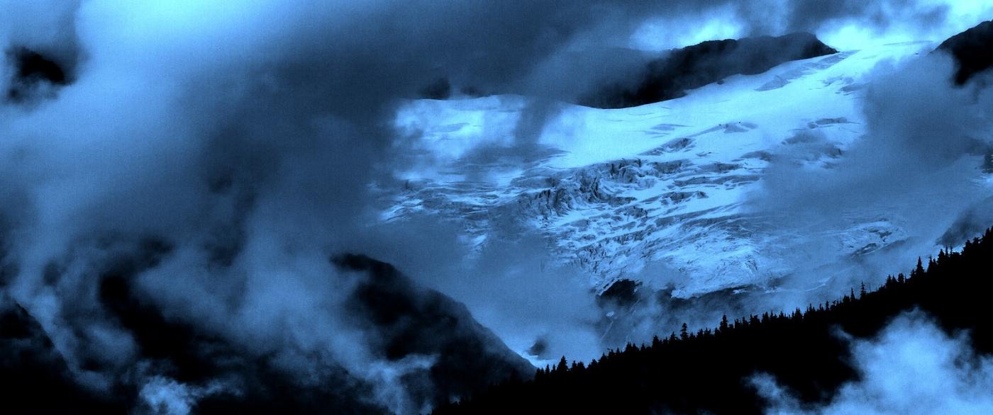 阿拉斯加,山峰若隐若现_图1-5