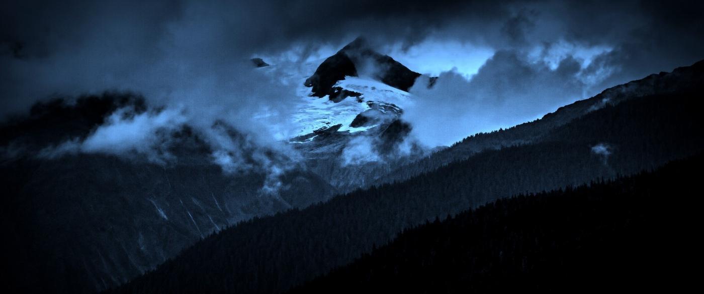 阿拉斯加,山峰若隐若现_图1-2