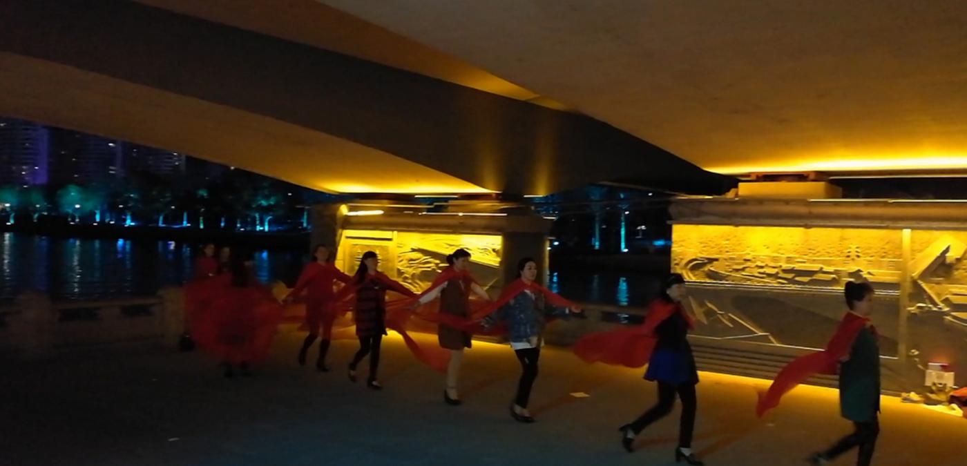 杭州大运河两岸的景观带夜景_图1-5