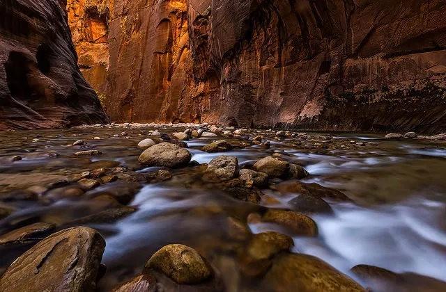 拍攝維京河窄谷_圖1-3