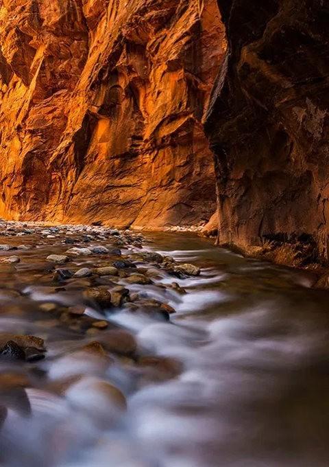 拍攝維京河窄谷_圖1-5
