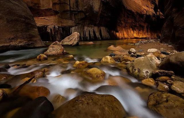 拍攝維京河窄谷_圖1-10