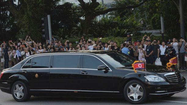 金正恩搭乘中国提供的专机飞抵狮城_图1-2