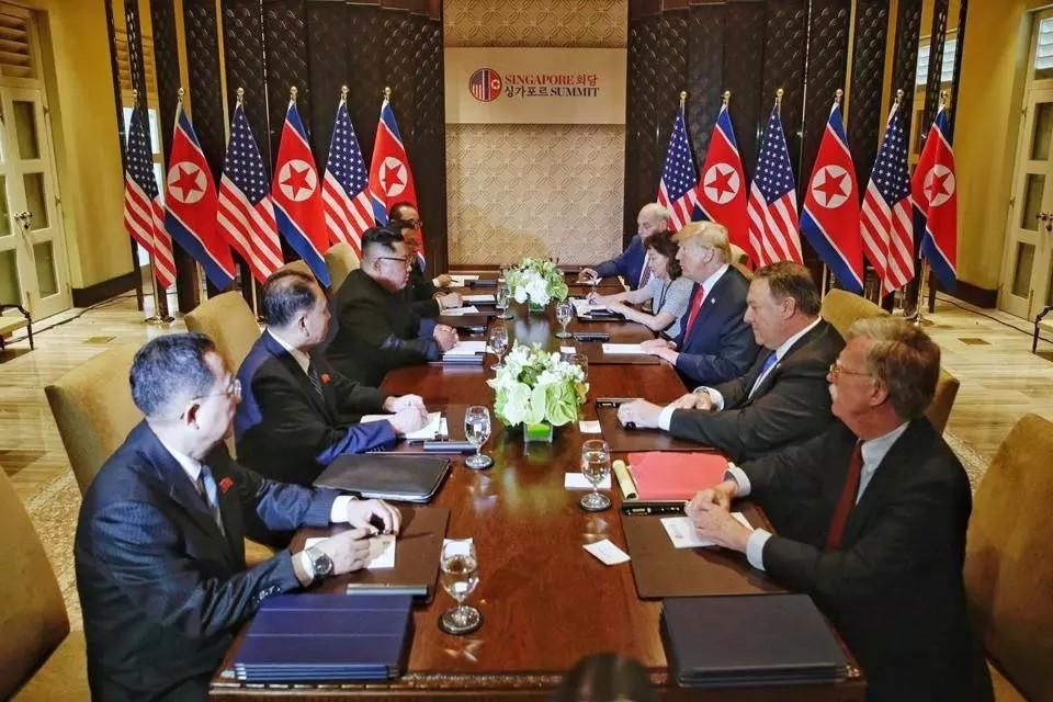 特朗普和金正恩签订历史性和平协议_图1-3