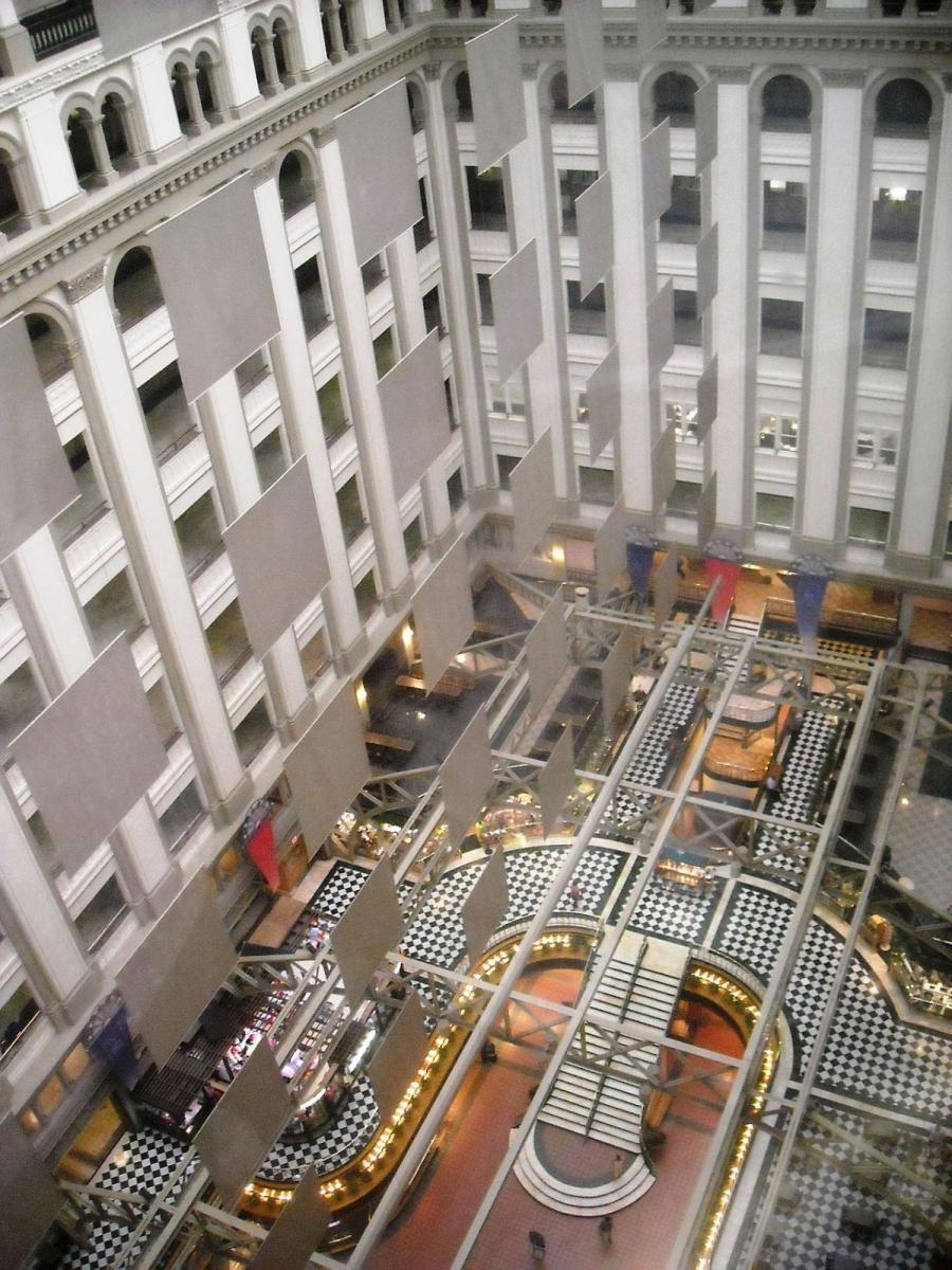 从这家星级酒店看特朗普的经营头脑_图1-3