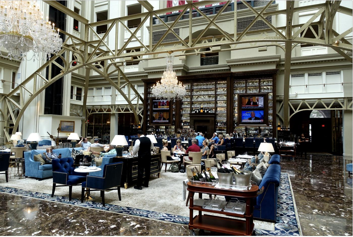 从这家星级酒店看特朗普的经营头脑_图1-13
