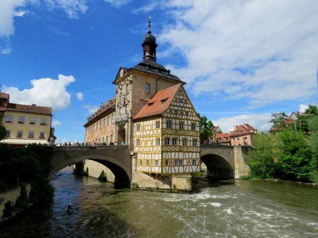 班贝格的旧市政厅-中世纪的珍珠_图1-1