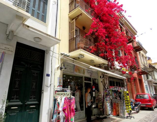 纳天普利--沐浴在花的城镇(希腊)_图1-2