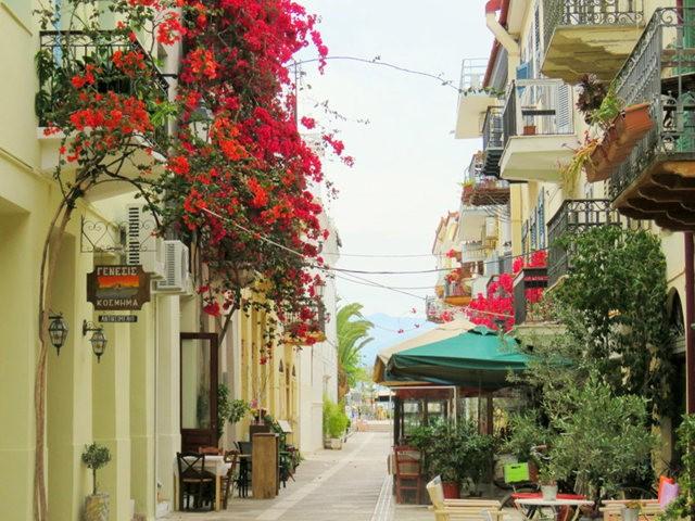 纳天普利--沐浴在花的城镇(希腊)_图1-25