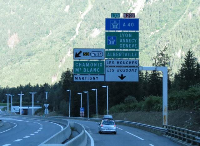 从南针峰.观看阿尔卑斯山全景_图1-3