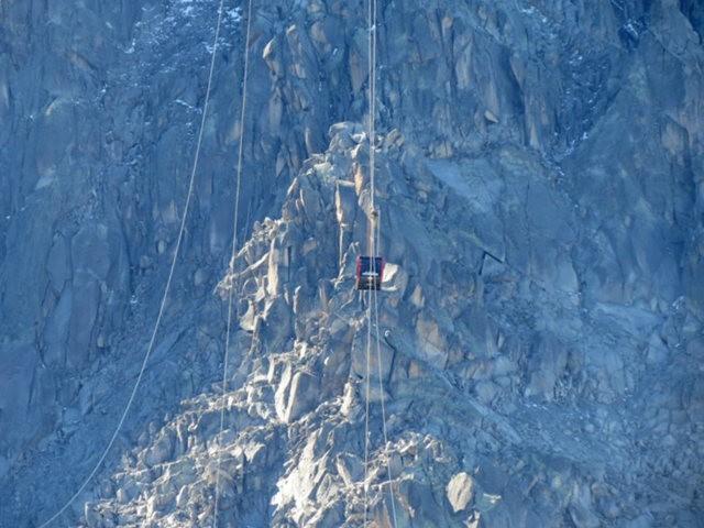 从南针峰.观看阿尔卑斯山全景_图1-14