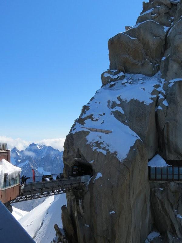 从南针峰.观看阿尔卑斯山全景_图1-24