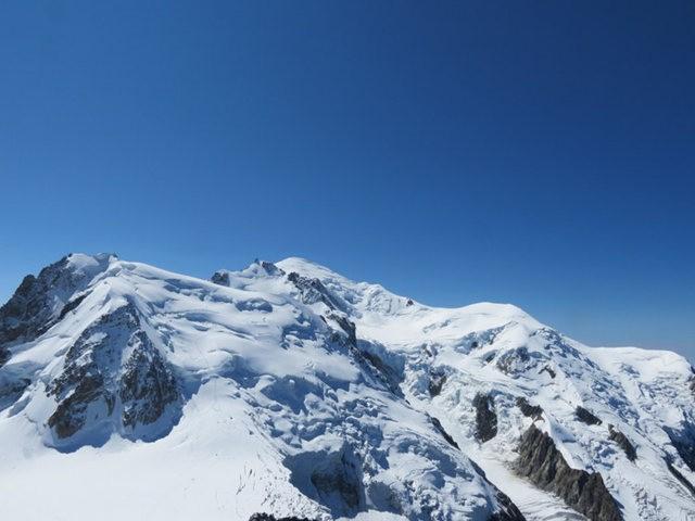 从南针峰.观看阿尔卑斯山全景_图1-40