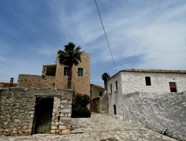 阿雷奥波利--石造的小镇(希腊)_图1-4