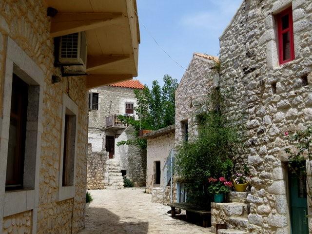 阿雷奥波利--石造的小镇(希腊)_图1-8
