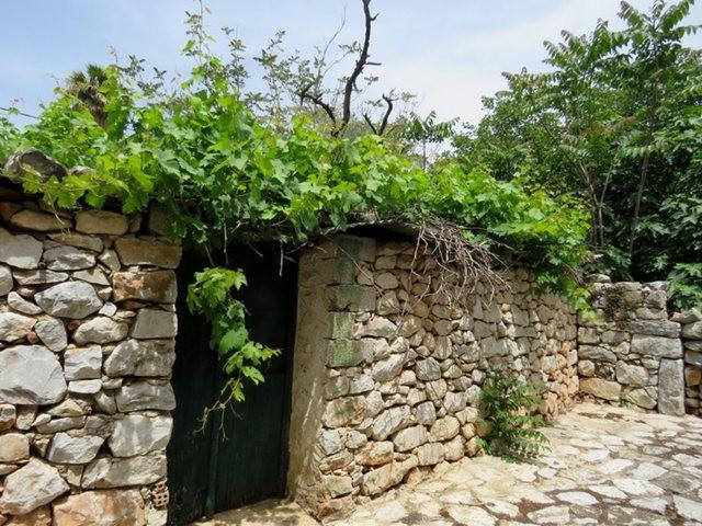 阿雷奥波利--石造的小镇(希腊)_图1-12