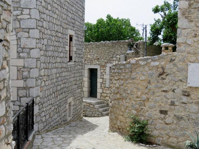 阿雷奥波利--石造的小镇(希腊)_图1-26
