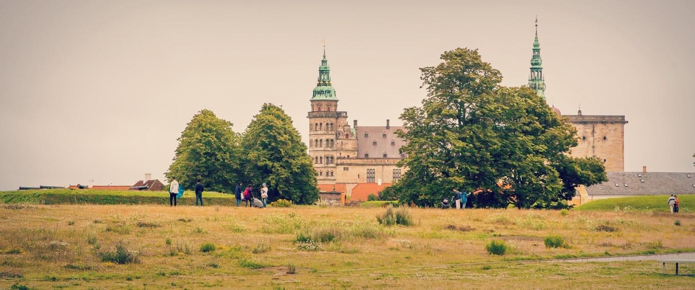 丹麦腓特烈堡城堡,周边的景色_图1-1