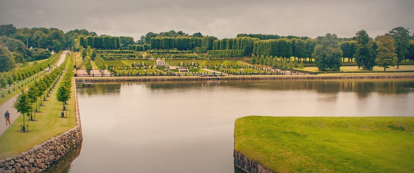 丹麦腓特烈堡城堡,周边的景色_图1-12