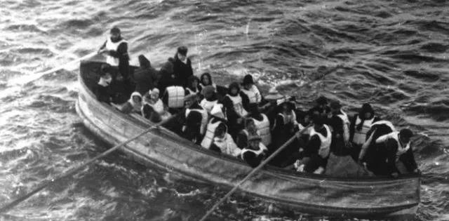 高娓娓:沉痛悼念泰国沉船事件中遇难的同胞_图1-5