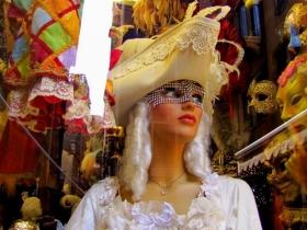 威尼斯狂欢节面具