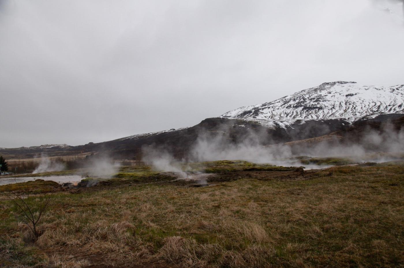 冰岛热带温泉美景,游客流连忘返_图1-13