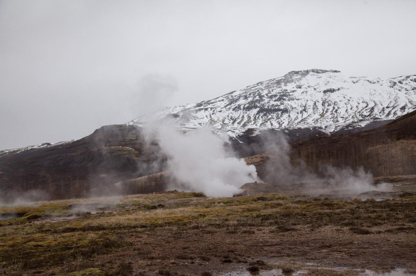 冰岛热带温泉美景,游客流连忘返_图1-14